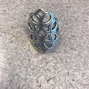 James Avery ring beautiful size 8.5